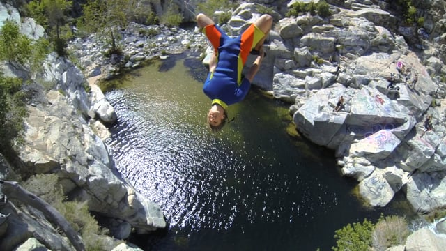 Jump or Die Cliff Jumping | aquasport.tv
