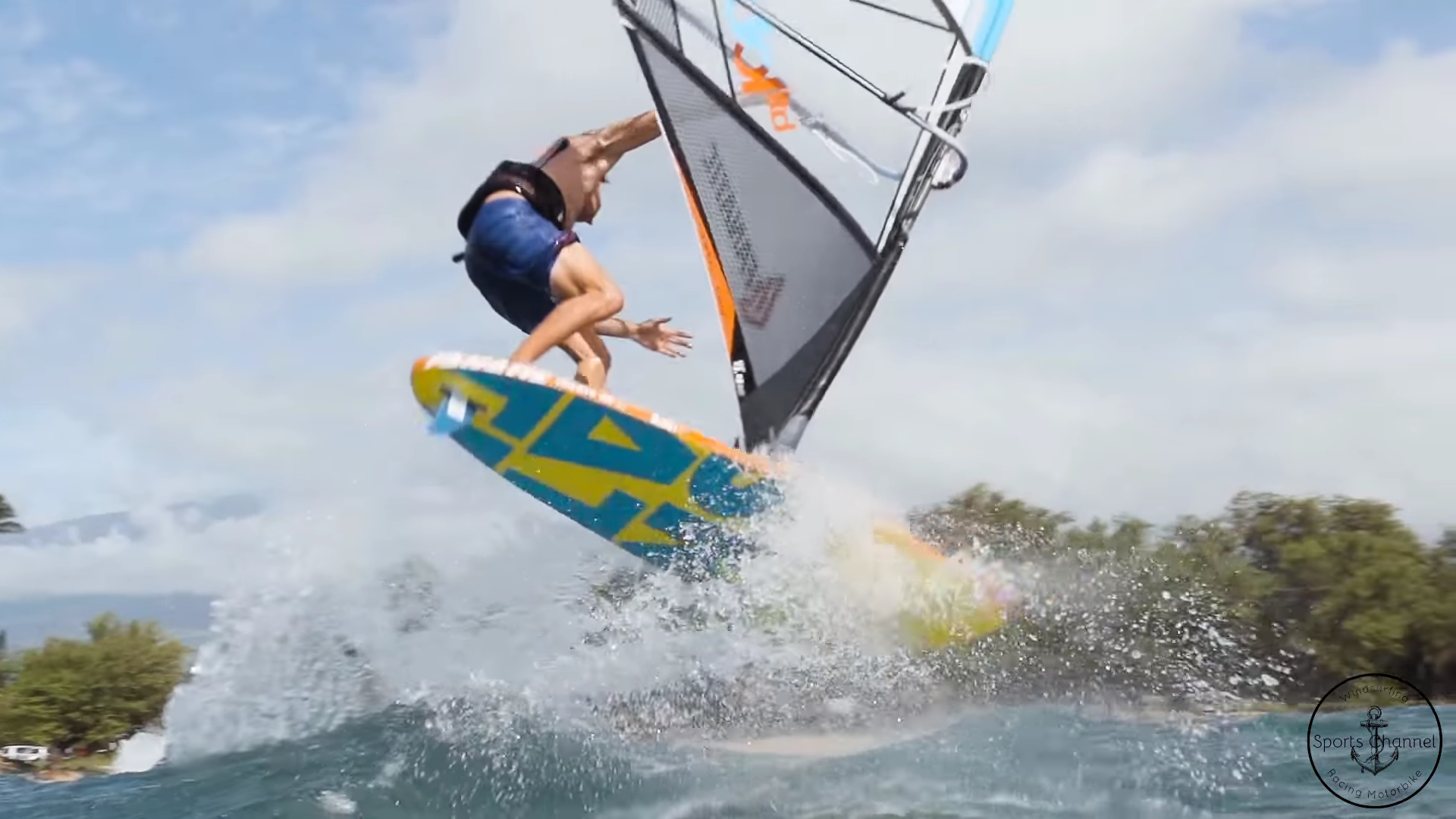 Compilation of the Best Windsurfing Scenes of 2018