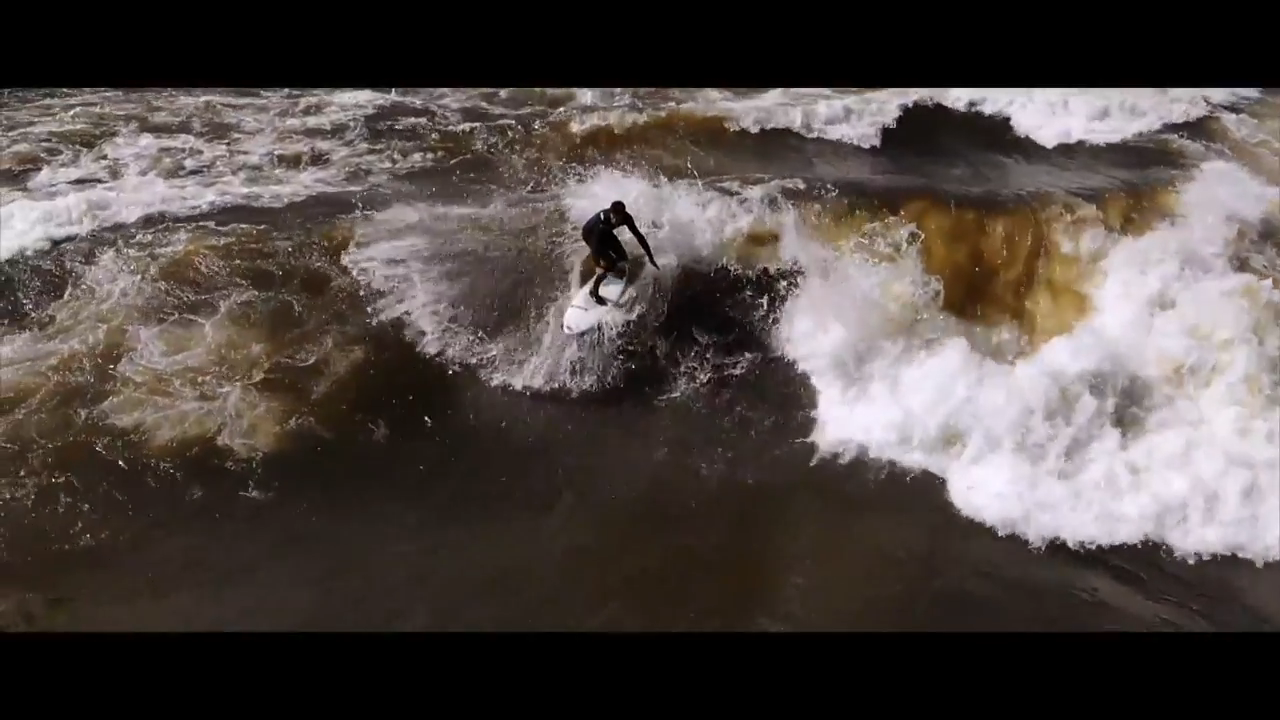 Screenshotter RiverSurfingGlommaNorway 0'59""