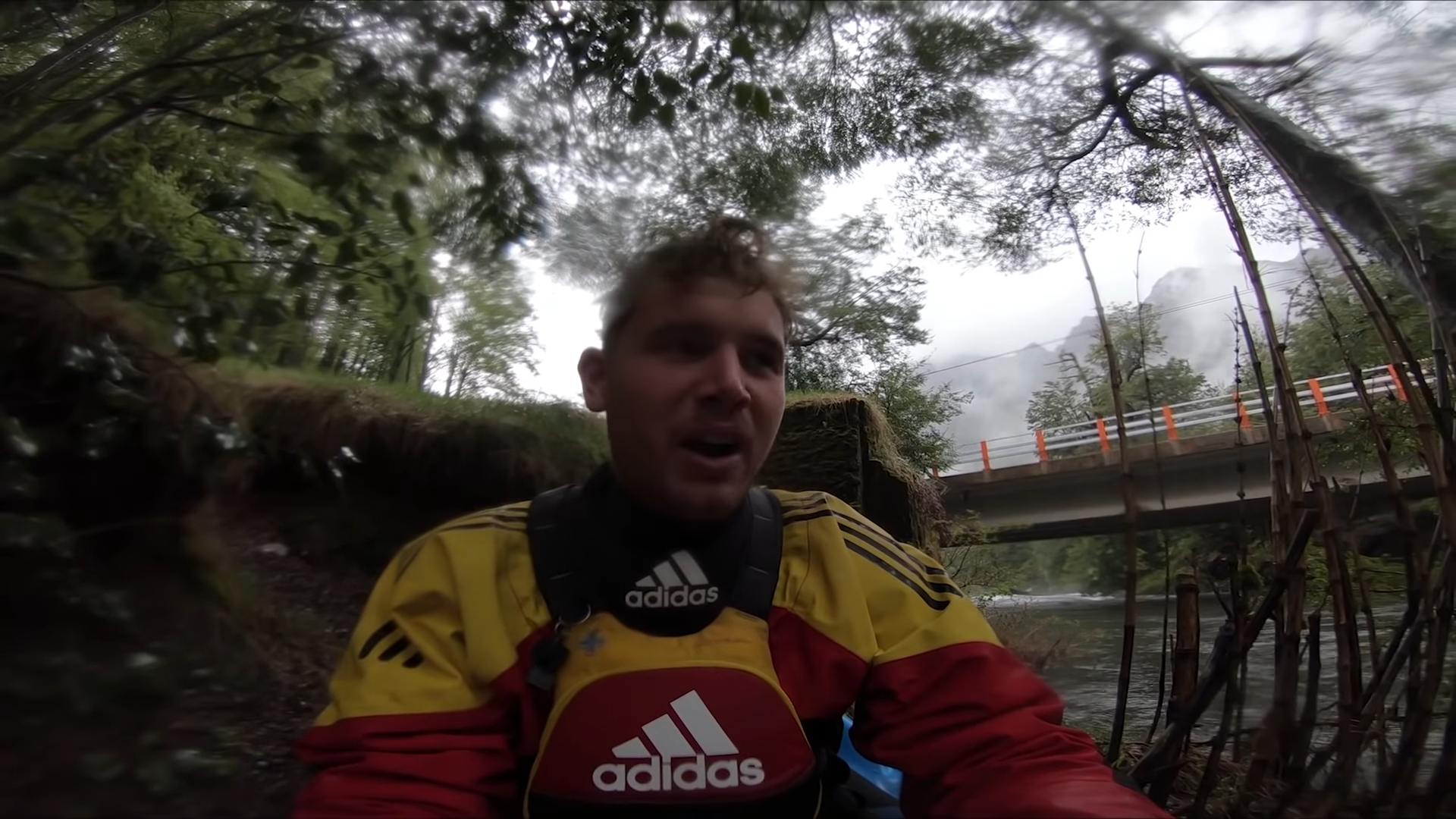"Screenshotter KayakingdownafloodedriverPuescoriveratinsaneflowshighestdescent 1'24"""