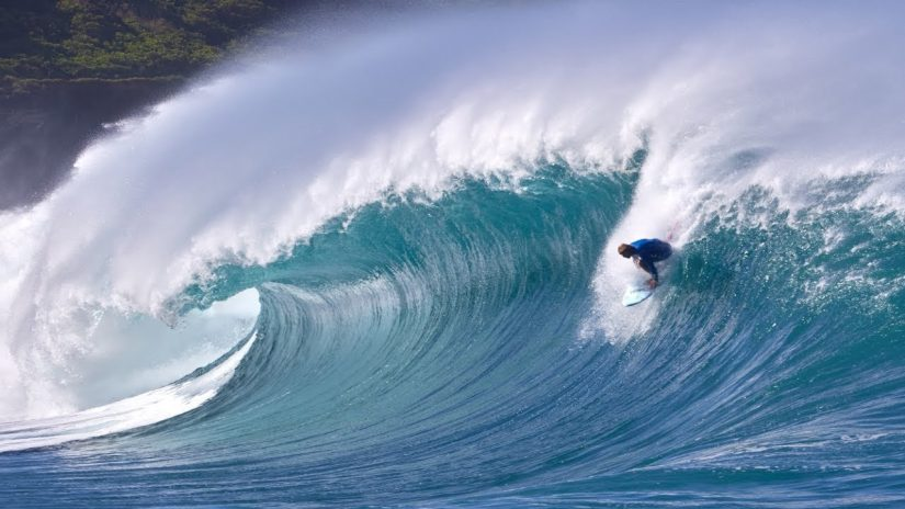 MASSIVE WAIMEA SHOREBREAK JAMIE O BRIEN